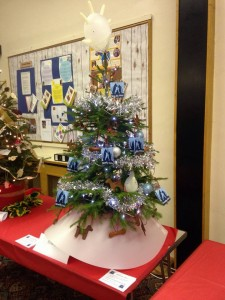 Streetly Vets Christmas tree